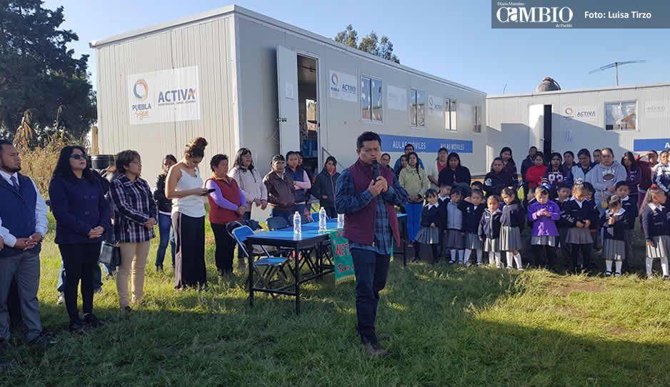 Por desinterés Macoto, 60 niños de preescolar llevan 13 meses tomando clases en aulas móviles