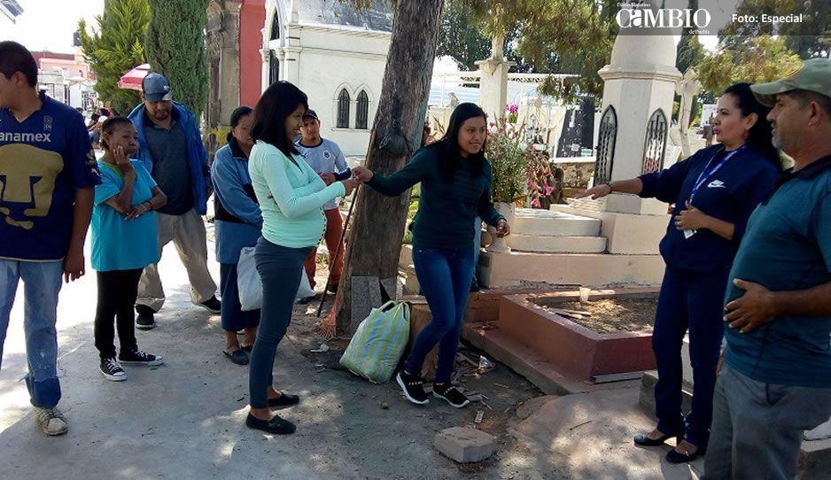 Pide gobierno de Atlixco no gastar agua en panteones por la temporada de muertos