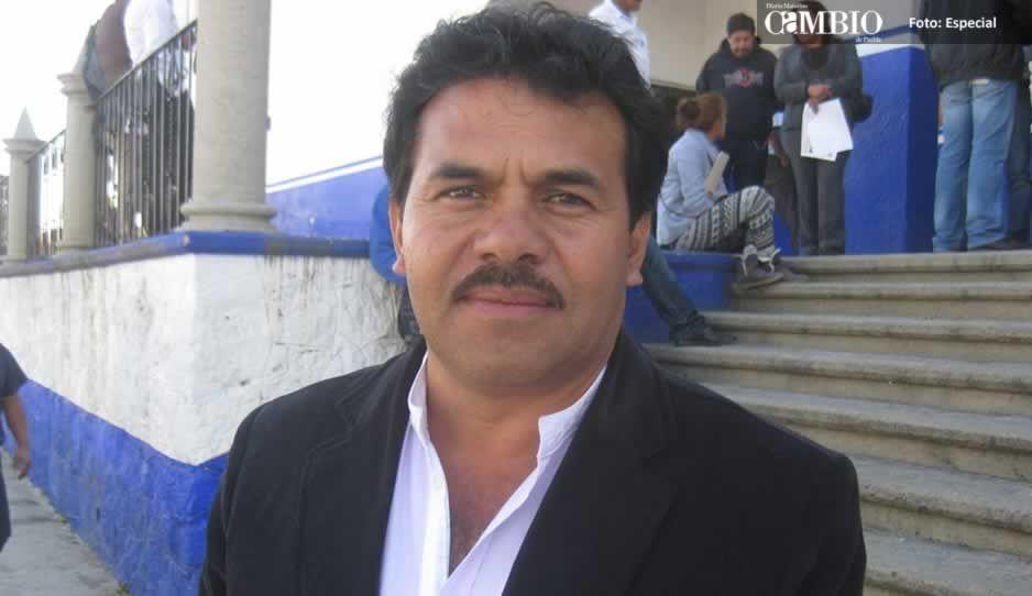 Edil de Tlahuapan pide licencia, va por la diputación local