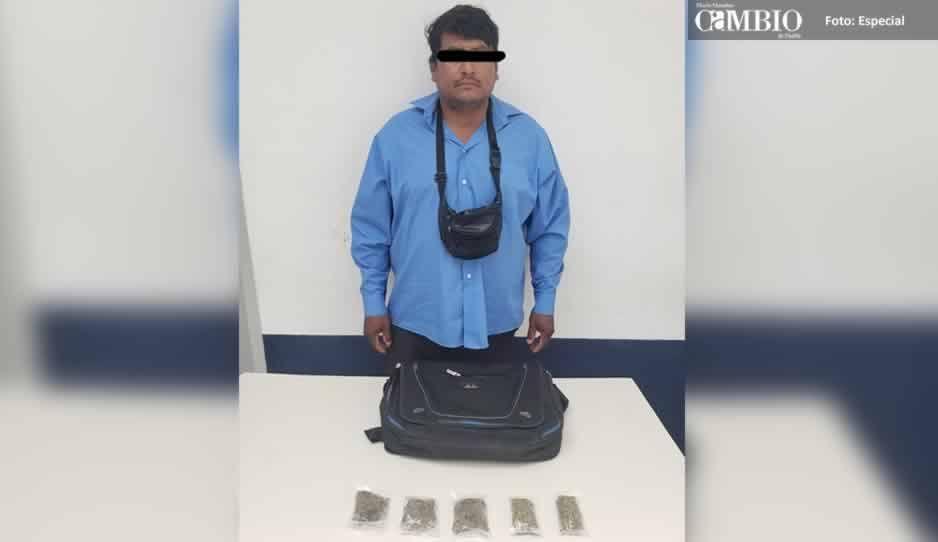 Detienen a narcomenudista que le vendía a estudiantes de secundaria en Atlixco