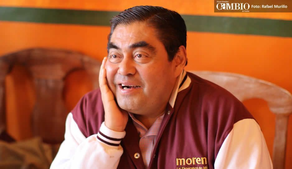 Barbosa se siente honrado de ser postulado nuevamente a la gubernatura de Puebla
