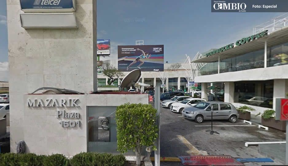 Detienen a dos hombres y dos mujeres por robo a cuentahabientes en Plaza Mazarik