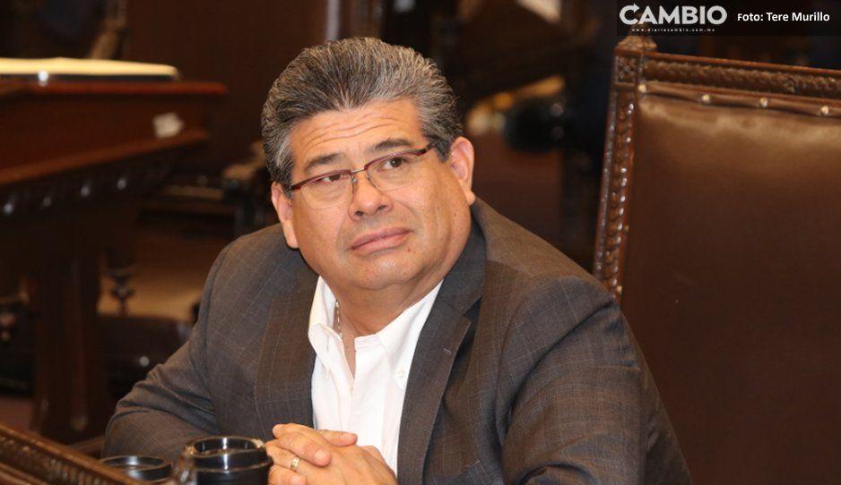 Javier Casique, el rey de las comisiones;  integra 15 tras reacomodo del Congreso