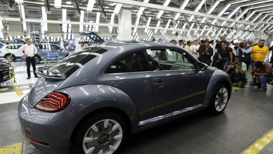 ¡Ay papá! A Volkswagen le Perdonaron 2 mil 500 millones en impuestos entre Calderón y Peña Nieto
