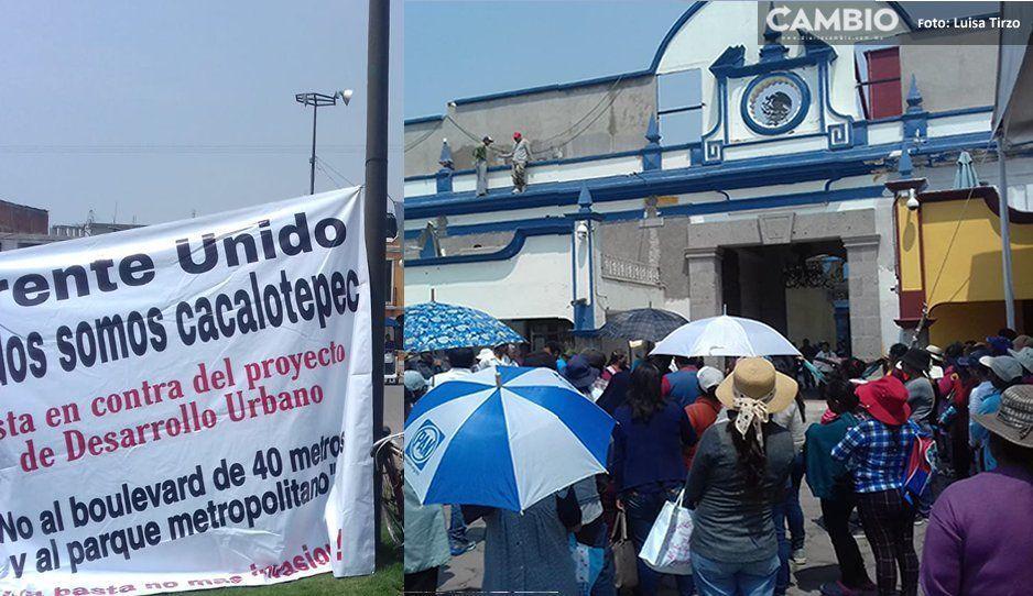 Pobladores de Cacalotepec exigen a Karina Pérez dejar sin efecto el Programa Municipal de Desarrollo Urbano