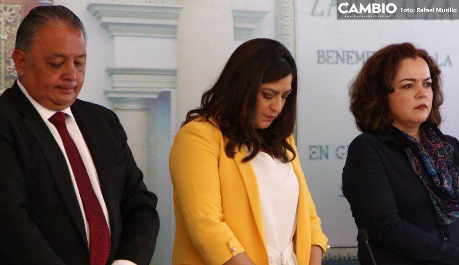 Claudia rinde minuto de silencio en honor  a policía caído: esto no quedará impune