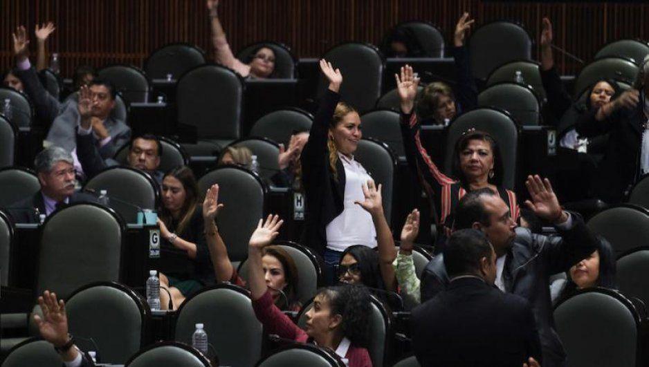 Cámara de Diputados aprueba en lo general ley contra factureras; defraudación fiscal ya amerita cárcel (VIDEO)