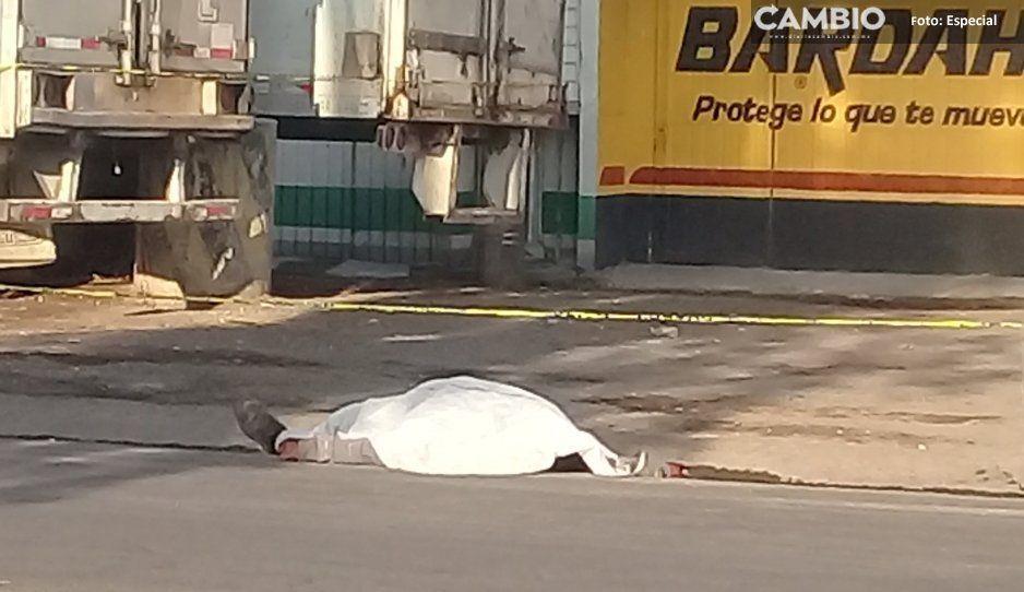 Texmelucan recibe a visitantes con cuerpo baleado en la México-Puebla