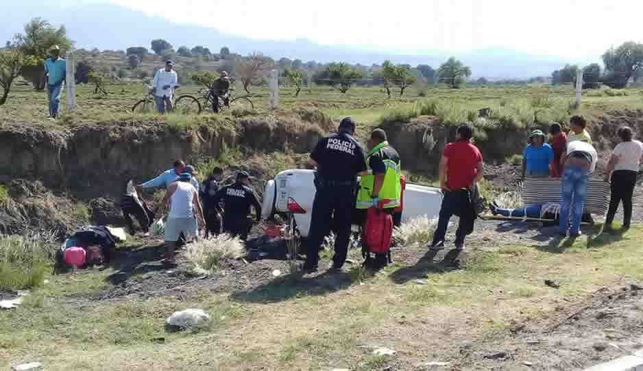 Volcadura sobre la México-Puebla deja varios lesionados