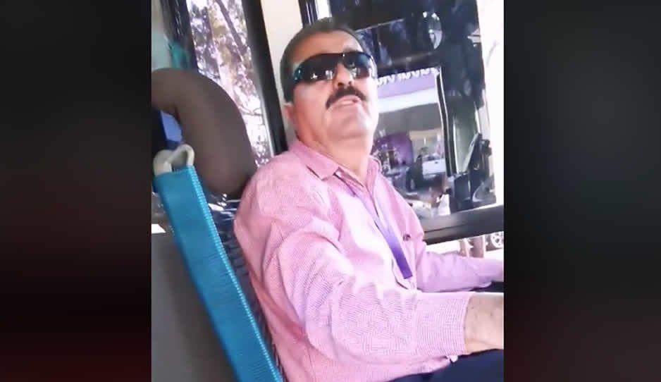 Chofer baja a pareja gay de la ruta 63: aquí no pueden irse besando (VIDEO)