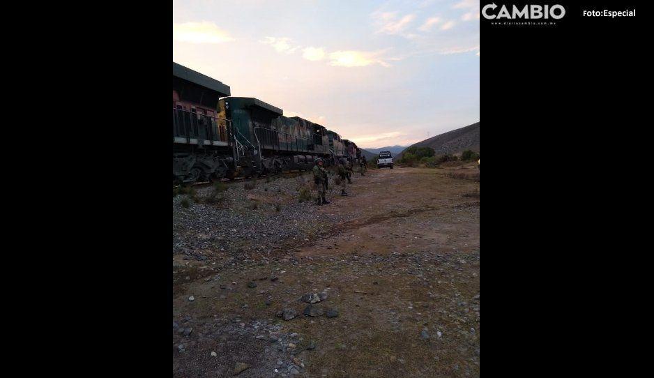 Vuelven a saquear tren en Cañada Morelos;  roban maíz y golpean a dos ferrocarrileros