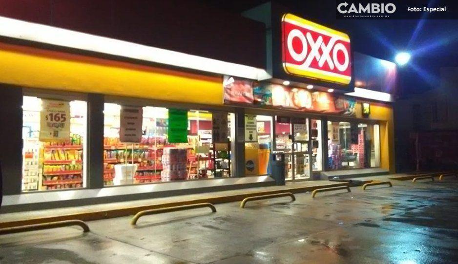 Asaltan Oxxo en la Carretera Federal México-Puebla en Texmelucan