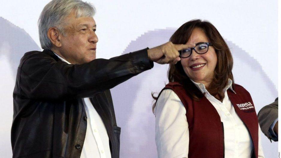 Pese a rebelión en Morena, líder del partido será elegido mediante encuesta, como lo ordenó AMLO