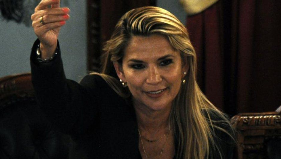 De última hora: Jeanine Áñez se declara presidenta de Bolivia