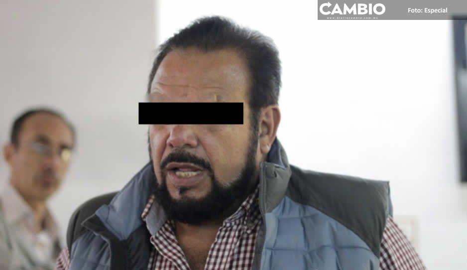 Amenazan tianguistas de Texmelucan con bloquear autopista si no liberan a sus líderes