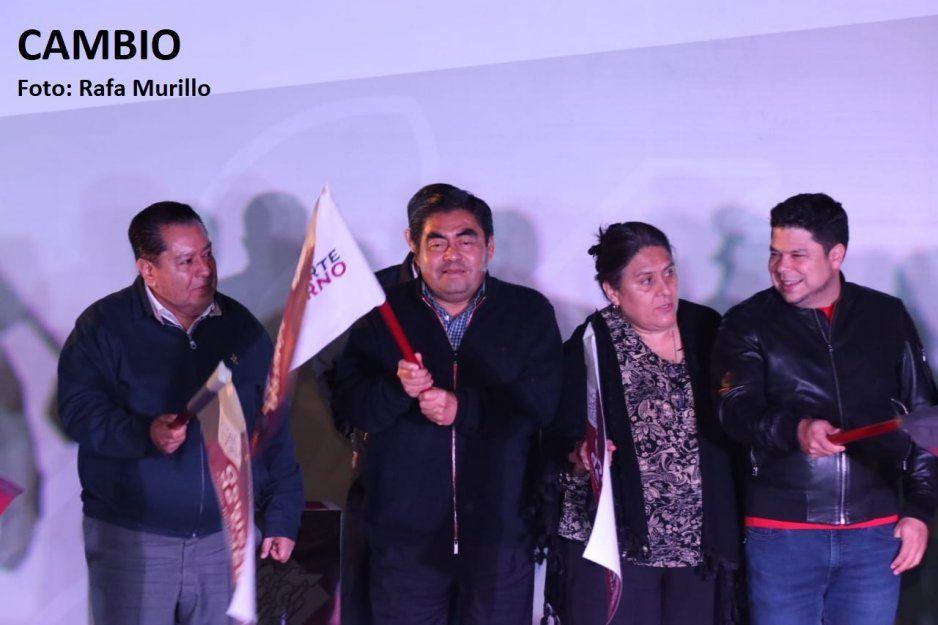 Barbosa da banderazo de salida al Transporte Nocturno Claro Bus (VIDEO)