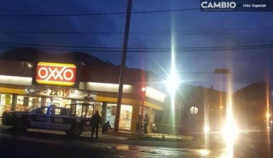 Los detienen tras ser señalados de robo a OXXO en Texmelucan