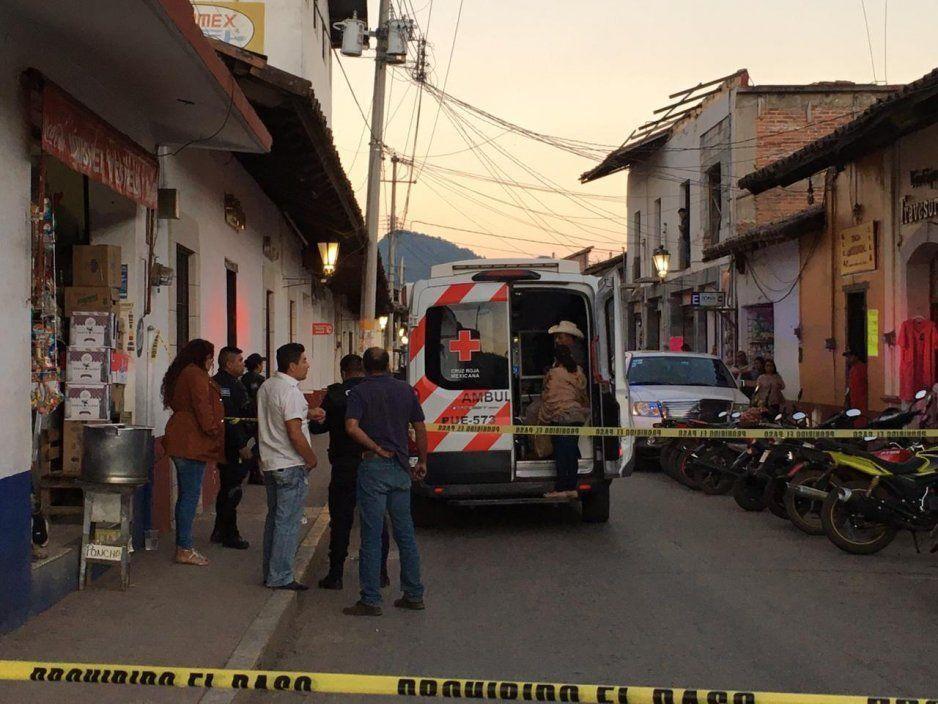 Durante un presunto asalto ejecutan a un cuentahabiente de Elektra en Zacatlán