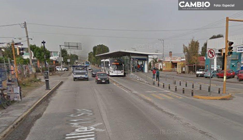 Reportan balacera en la zona de la 11 Sur y 141 Poniente, terminal del metrobus resultó con daños