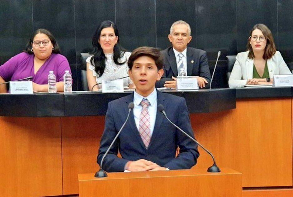 ¡Ni fue a panamericanos y se siente vocero del deporte! Tunden en redes a joven títere del Pan por su discurso en el Senado