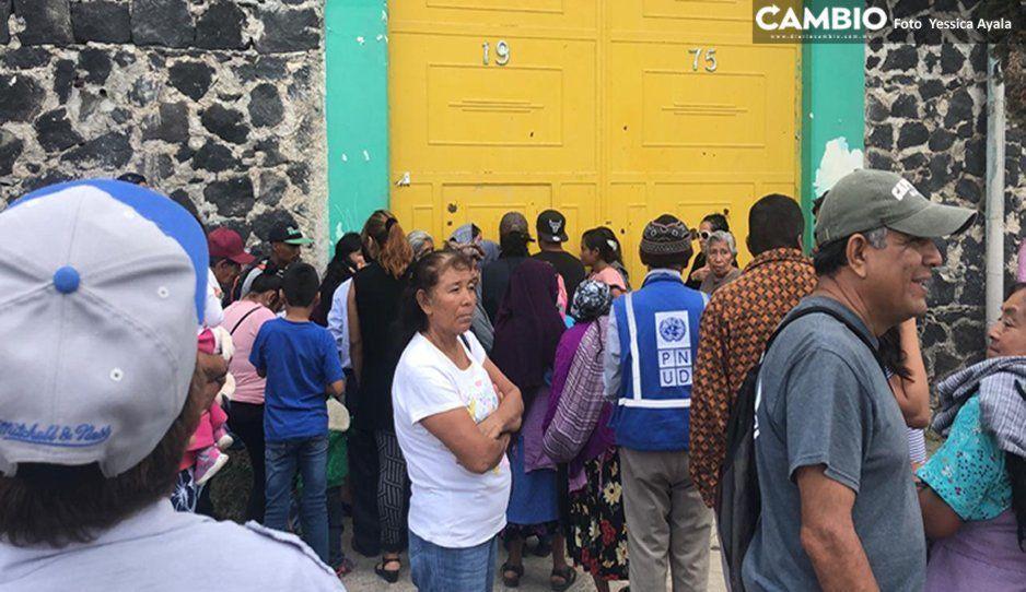 Desorganización, enojo e irregularidades en asamblea de Morena en Atlixco