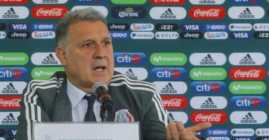 Tata Martino amenaza al Tecatito Corona (VIDEO)