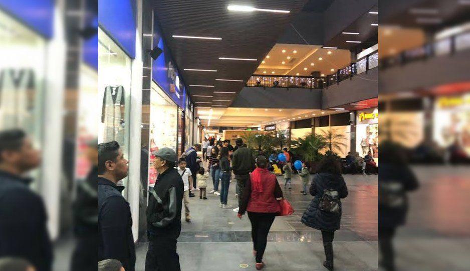 Roban más 100 mil pesos en Plaza Moraleda