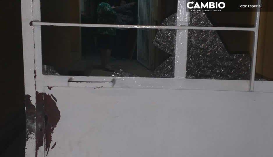 Ex regidor de Teziutlán irrumpe armado y borracho en propiedad