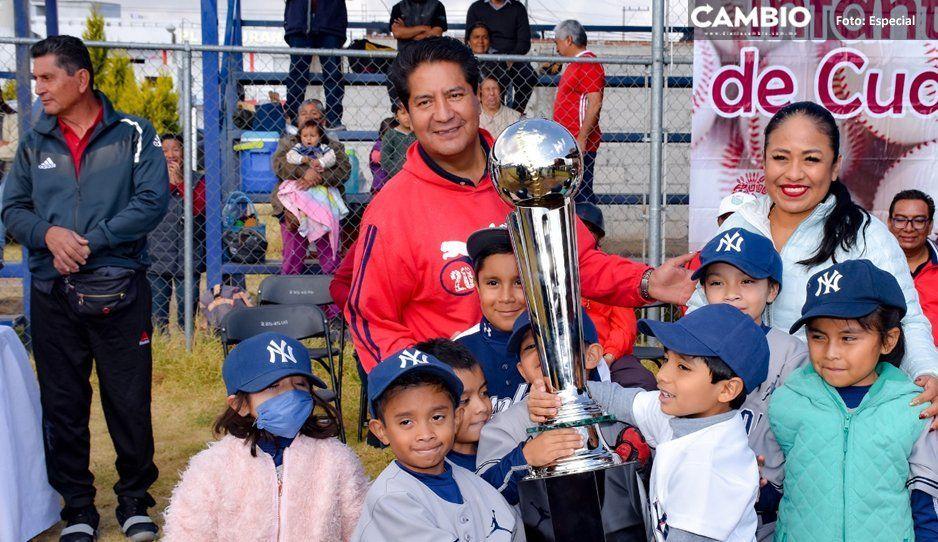 Lupita Daniel inaugura tercer torneo de beisbol primavera 2020 en Cuautlancingo