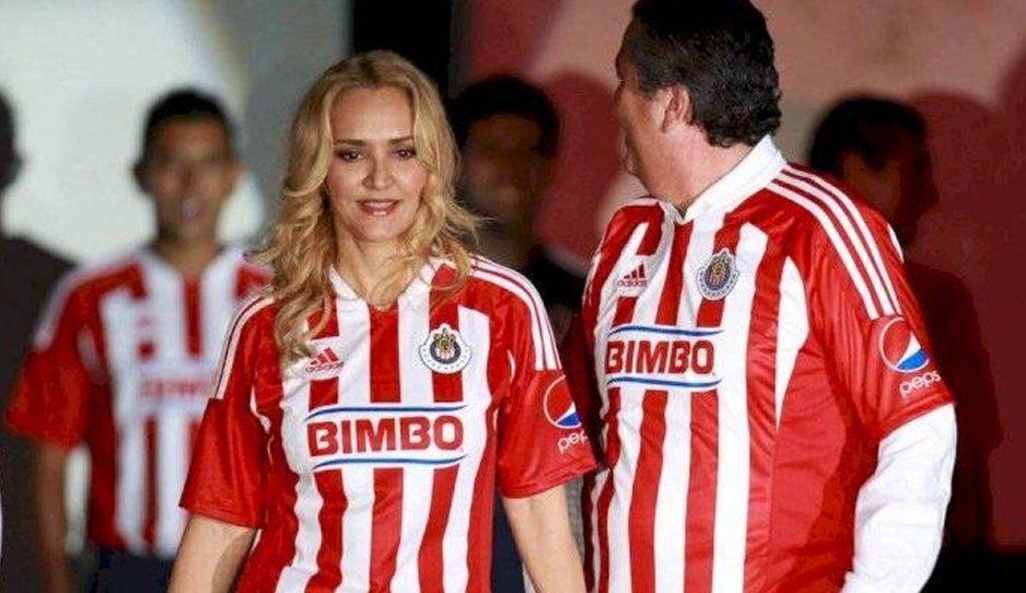 Me gustaría comprar a Chivas y no envenené a Vergara: Angélica Fuentes