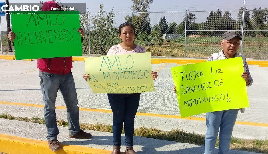 Vecinos reclaman imposición de edil  auxiliar en Moyotzingo ante AMLO