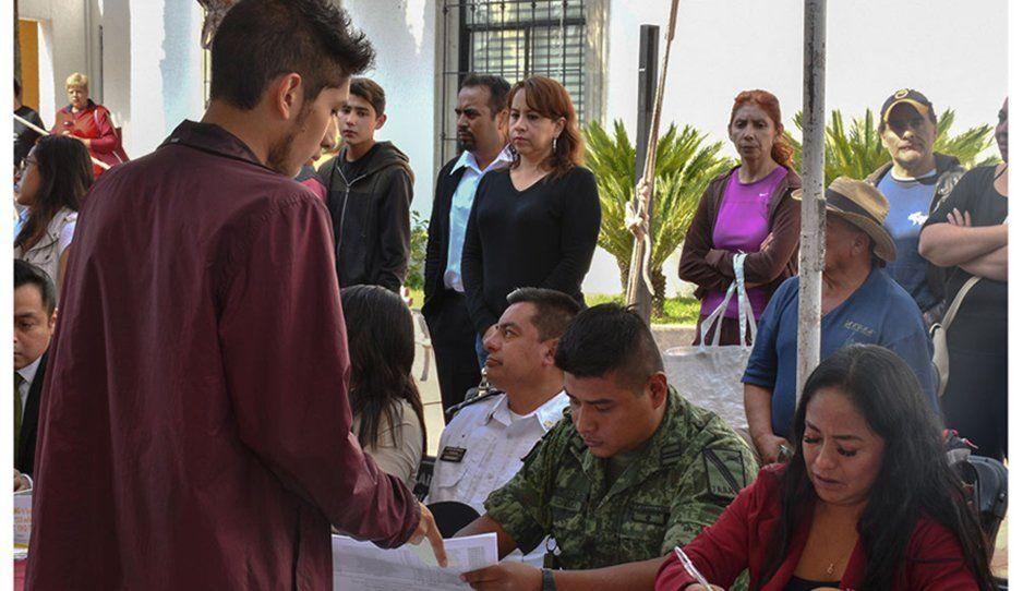 Reclutan en Cuautlancingo Cartillas Militares de jóvenes clase 2001 y Remisos