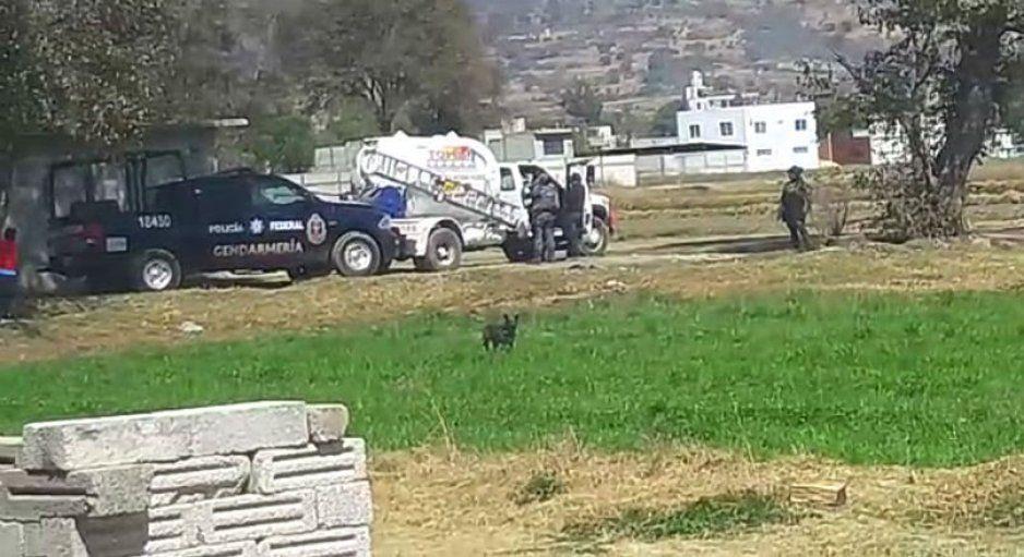 Detienen a dos presuntos ladrones de pipa en Texmelucan
