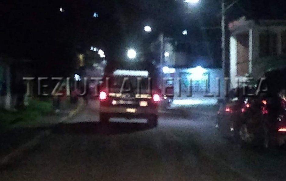 Comando armado ejecuta a padres frente que su hija en Chignautla