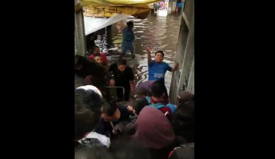 Así se vivieron las terribles inundaciones en calzada Zaragoza (FOTOS y VIDEO)