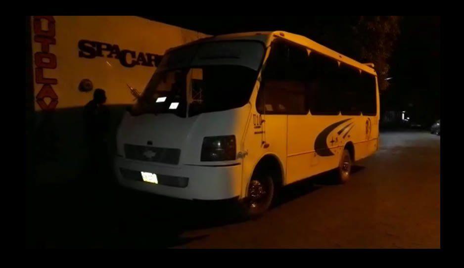 Golpean a choferes de la ruta Metepec- Atlixco para robarles los microbuses