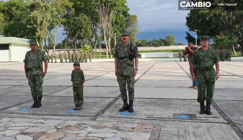 Pequeño de 5 años enfermo de atresia cumple su sueño de ser militar en Atlixco