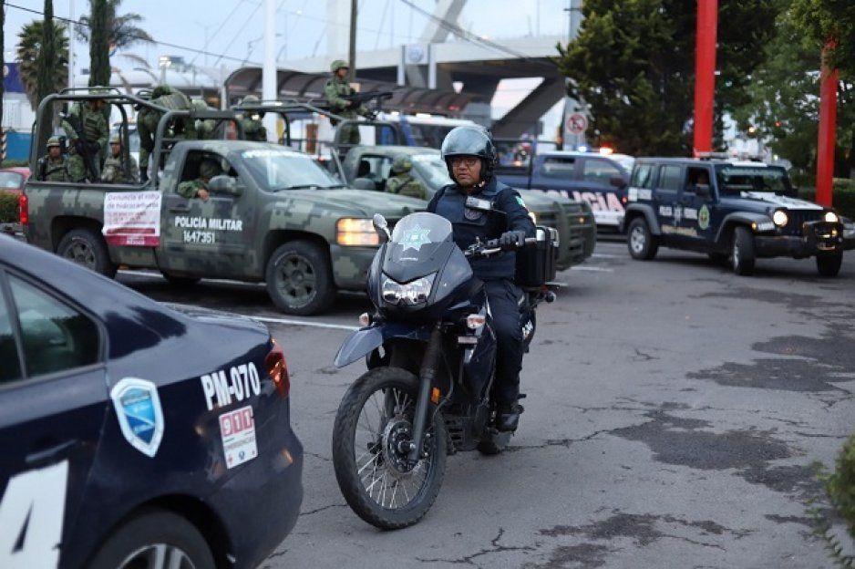 Otro operativo en el Mercado Morelos: van contra los que venden chelas y pomos en la vía pública