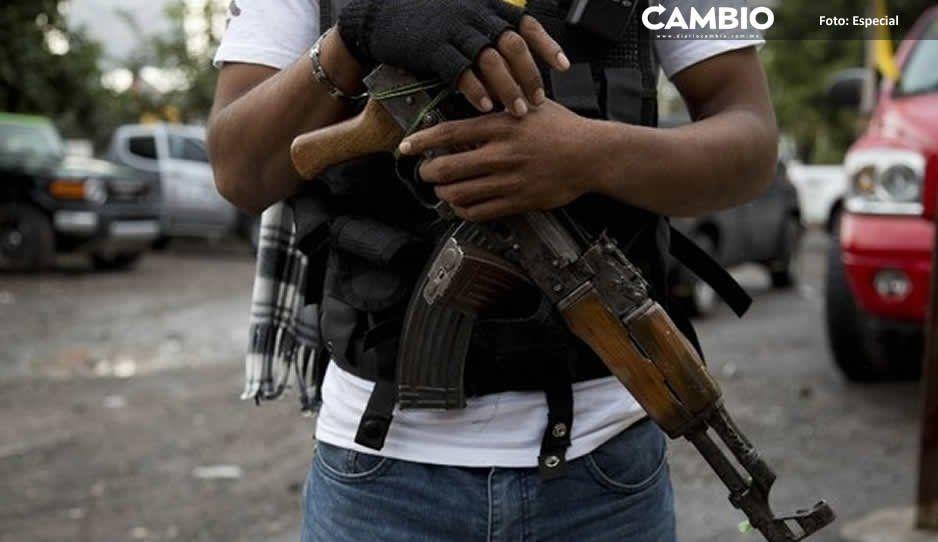 Junta auxiliar de Texmelucan es vigilada por autodefensas