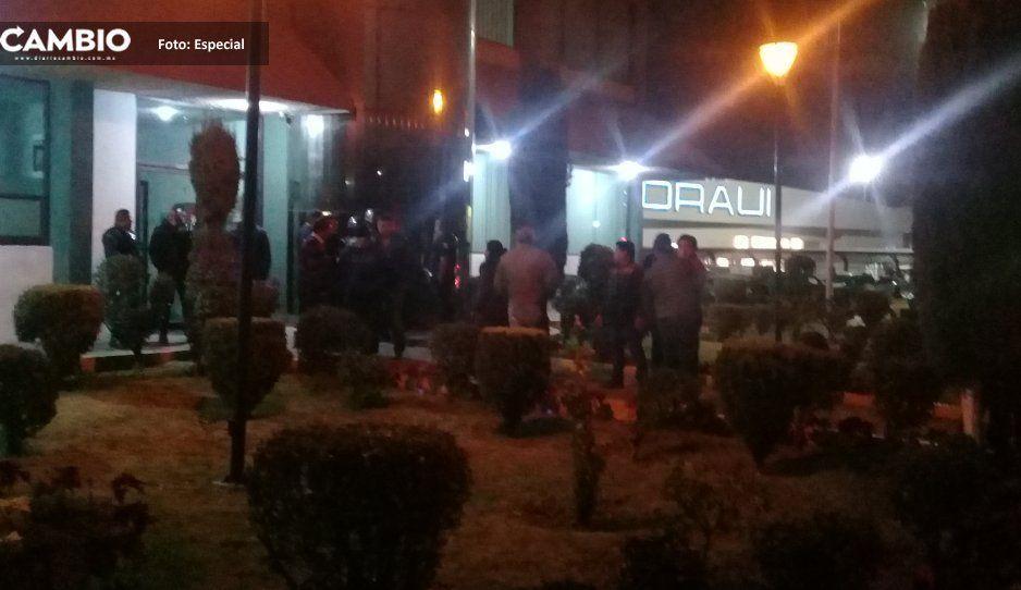 Aspirantes a alcaldes auxiliares amagan  con paralizar elecciones en Texmelucan