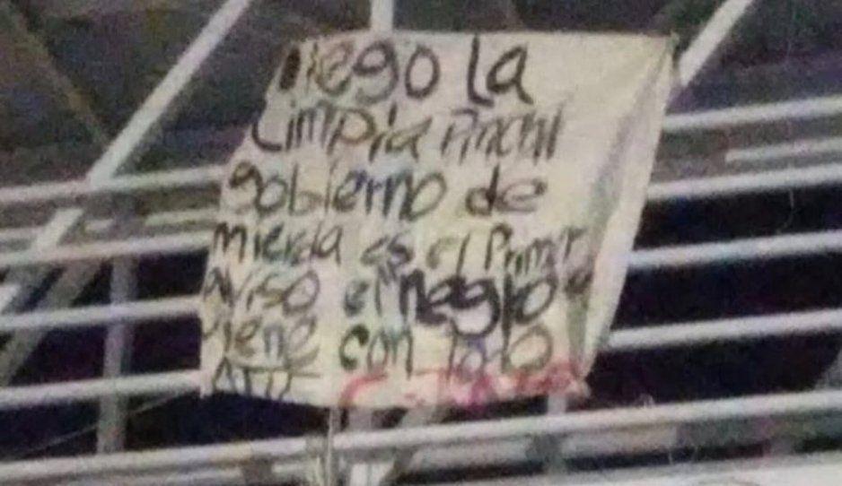 CJNG lanza amenaza con narcomanta frente a La Cuchilla: llegó la limpia pinchi gobierno de mierda, El Negro viene con todo