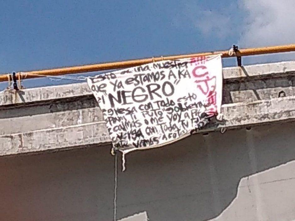 Colocan narcomanta en Amozoc, amenazan al gobierno de Mario de la Rosa