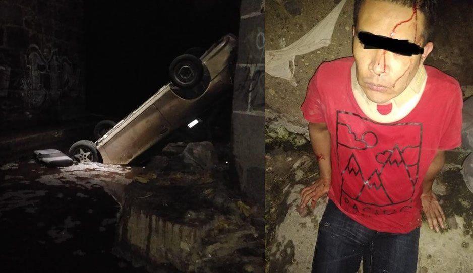 Conductor borracho cae del puente en Atlixco