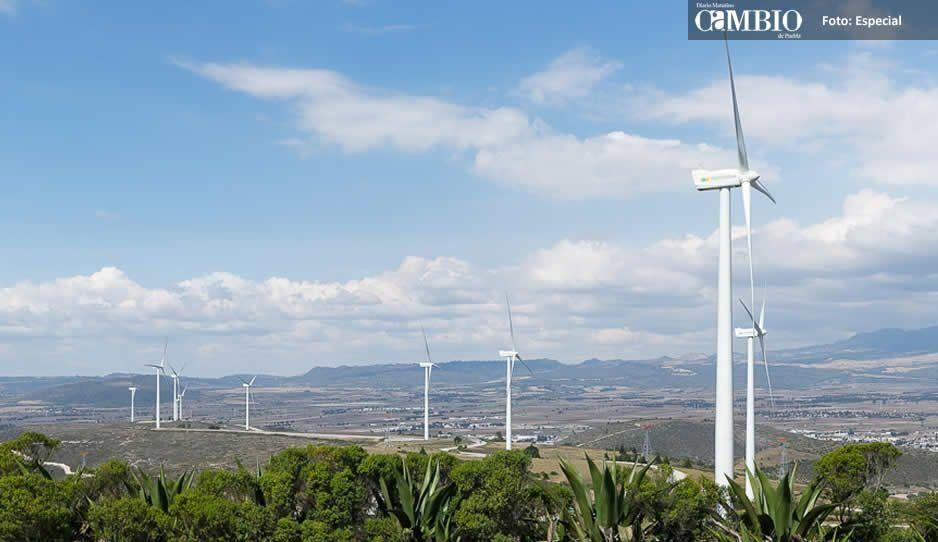 Iberdrola solicita ayuda de Barbosa para terminar los parques de energía eólica en Cañada Morelos y Chapulco