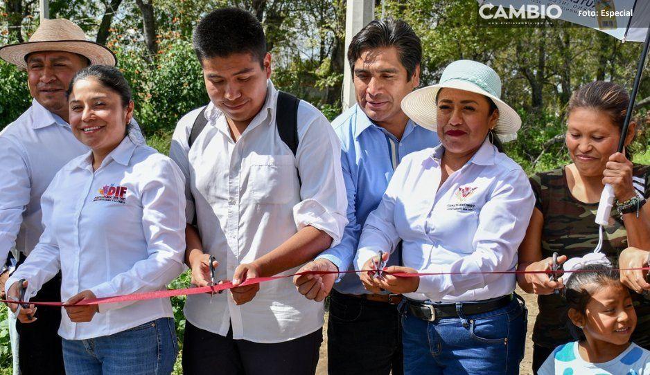 Entrega Lupita Daniel obras en Sanctorum  y la colonia Nuevo León de Cuautlancingo