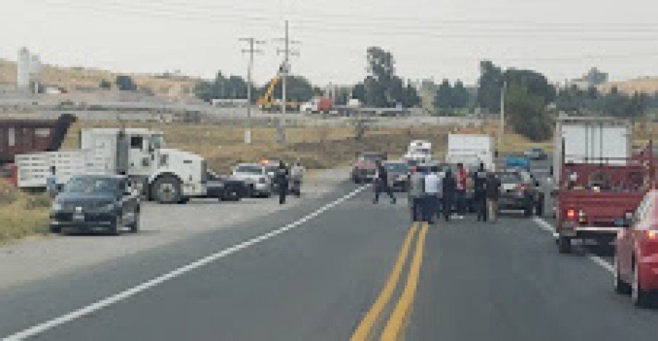 Sábado de accidentes: En menos de una hora, hubo dos choquen en la Federal Atlixco