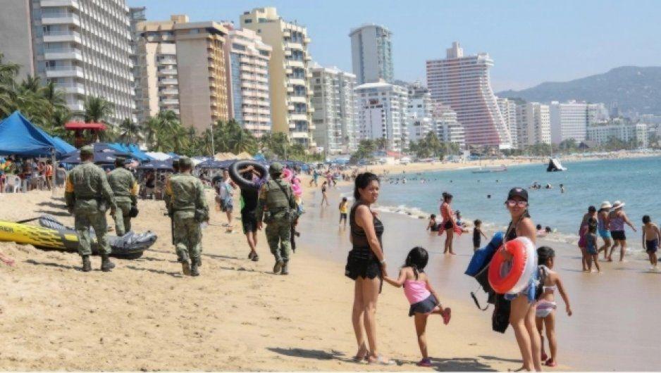 Acapulco es la playa con más bacterias fecales en México