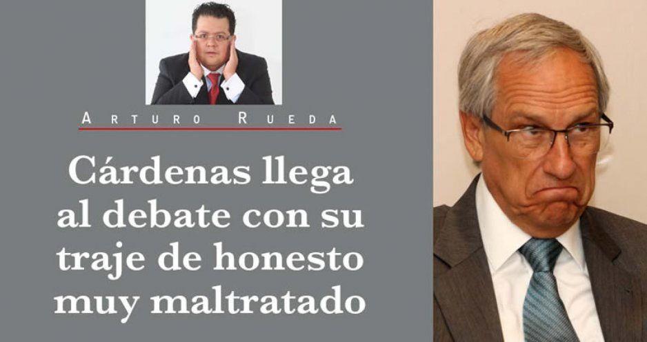 Cárdenas llega al debate con su traje de honesto muy maltratado