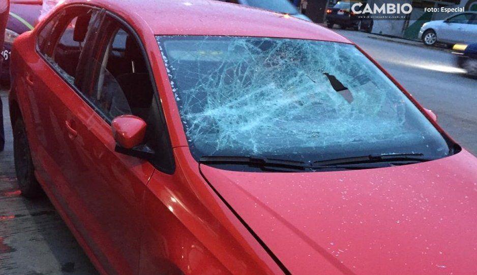 Intenta evitar asalto y termina macheteado, también le destrozan el coche en Amozoc