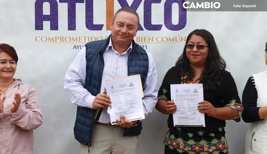 Inaugura Guillermo Velázquez calle adoquinada en junta auxiliar La Trinidad Tepango, Atlixco